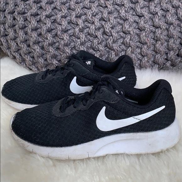 Nike Shoes | Boys Size 2 Black Tennis